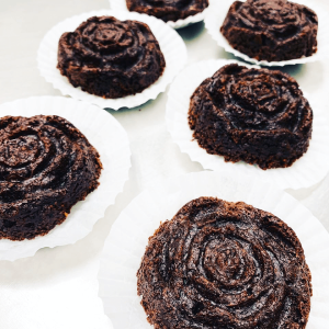 Rose Chocolate Cakes